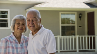 seniors_house_smile_ext